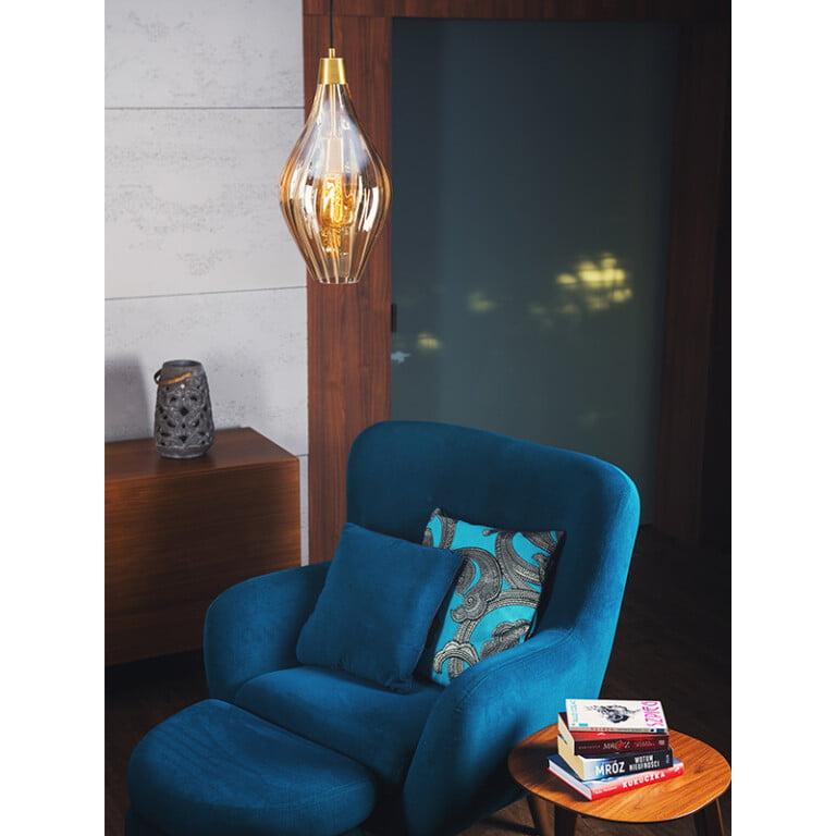 inspiration of single pendant light APIA in amber colour
